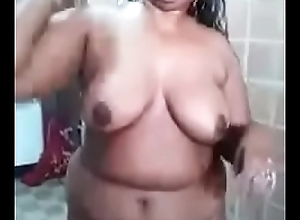 Malayali fat aunty bath