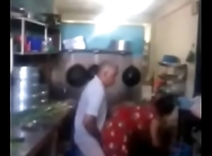 Srilankan chacha shagging his maid in kitchen quickly