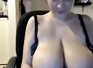 Girl licks and sucks nipples, widens pussy and play on cam - Mygirlswebcam.com